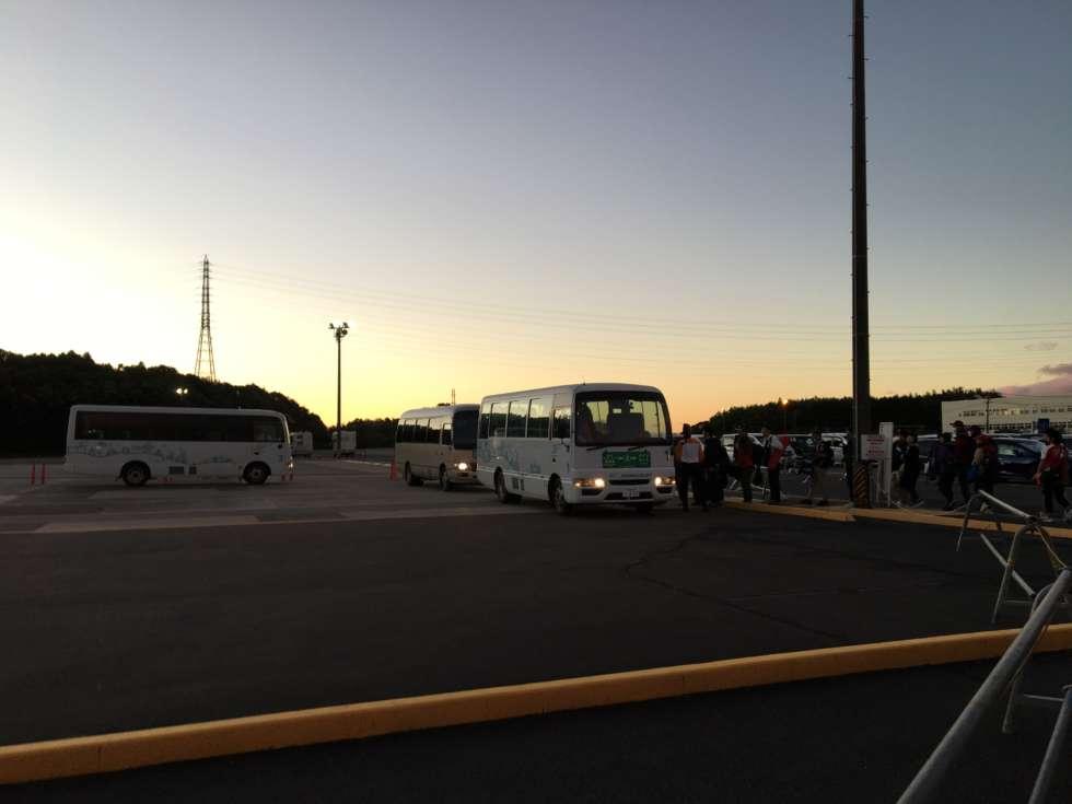 【F1日本GP】みそのモータープールからの送迎バス